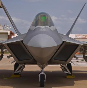 3 caza F-22 Raptor