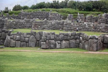 sacsayhuaman-obra-de-gigantes-uy